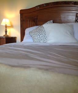 Relax in Sancerre- The Vineyard Room - Bue - Huoneisto