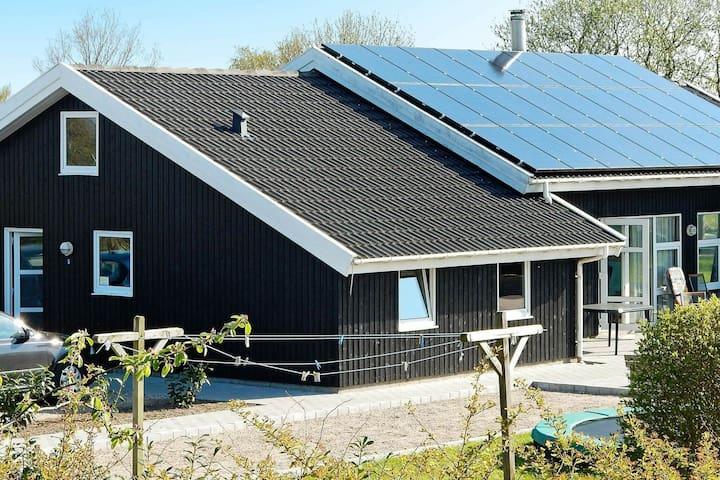 Maison de vacances moderne avec piscine à Nordborg