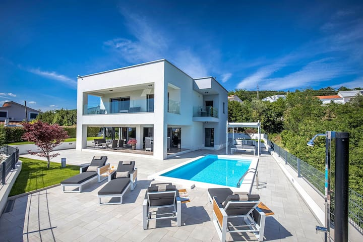 Luxury Villa Rina Crikvenica*****with heated pool