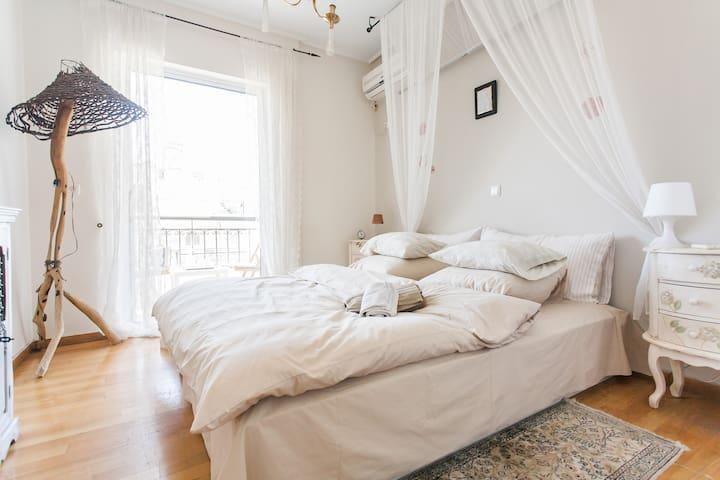 supreme romantic room with private balcony