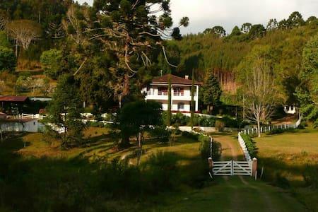 Chalet is on our Sitio / Farm - Cunha
