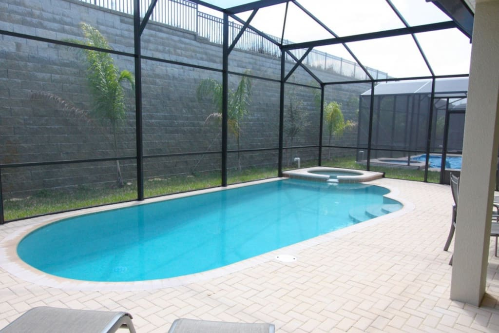 Fun In the Sun Is Waiting Just For You! Large Pool with Spa