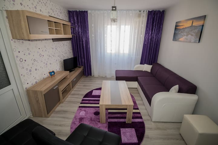 Gorgeous 2 Bdr. Sea view apartament - Mangalia - Lakás