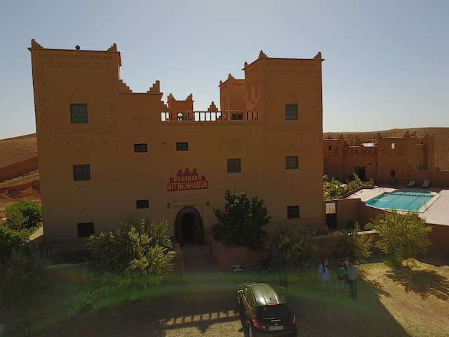 Kasbah with panoramique views ans a Pool - Skoura - Konukevi