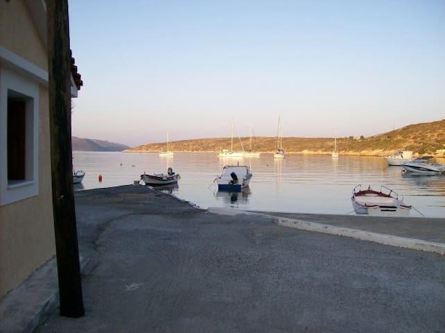 Εξοχικό δίπλα στη θάλασσα - Posidonio - 獨棟