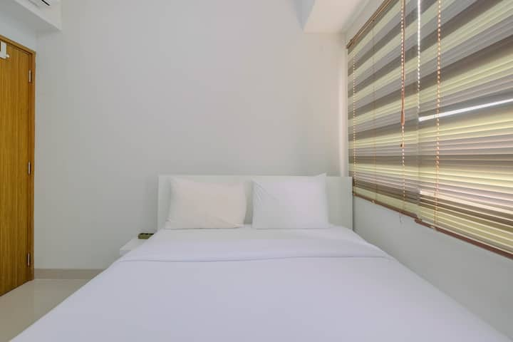 Minimalist & Posh 1BR The Oasis Cikarang Apartment