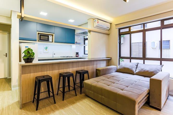 Lindo apartamento em Jurerê a 150 metros do mar!