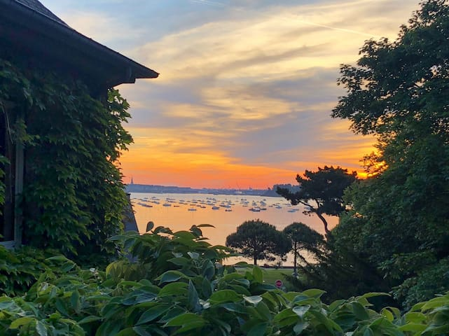 Maison en bord de plage avec vue sur mer