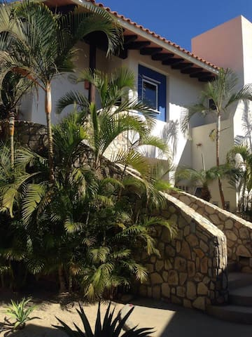 Villas - right in the hotel area near the beach! - San José del Cabo - Villa