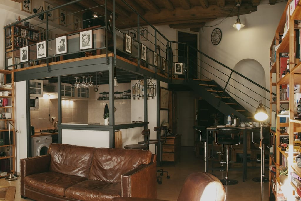 Seesight from the main place on the kitchen, the mezzanine and the first (AirB&B) room (upstairs)