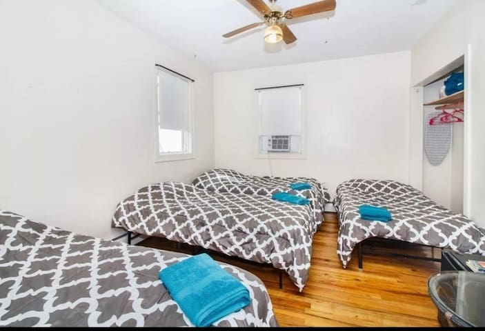 2 Private bedroom close fenway & Downtown