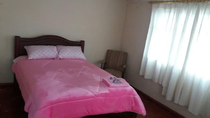 Apartamento amplio, acogedor en zona segura!!!!!!