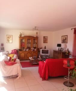 chambre dans une villa - ビジエ (Béziers) - 別荘