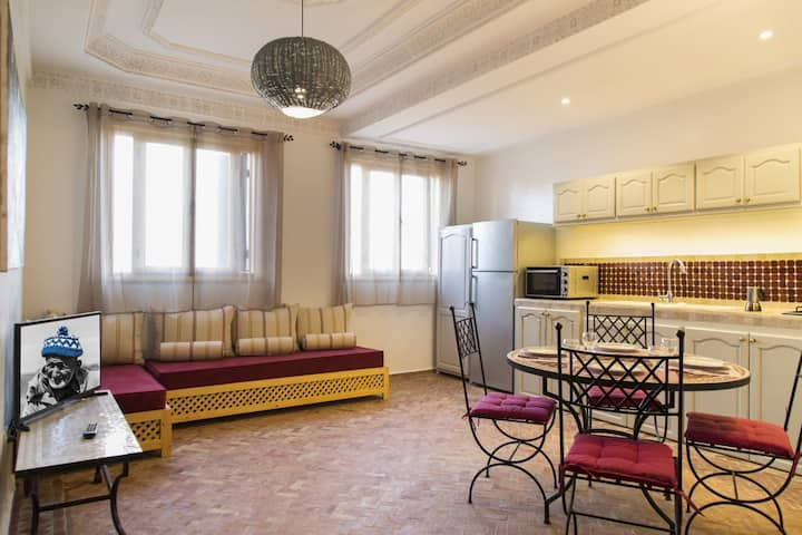 LA ROSE BRAND NEW APARTMENT 50 METERS FROM THE SEA
