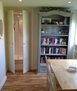 The Studio, New Road, with private parking. - Rye - House - 2