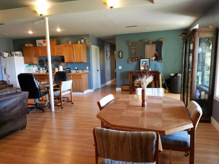 Baker, MT Ranch House Peaceful and Quiet 3bd/1ba