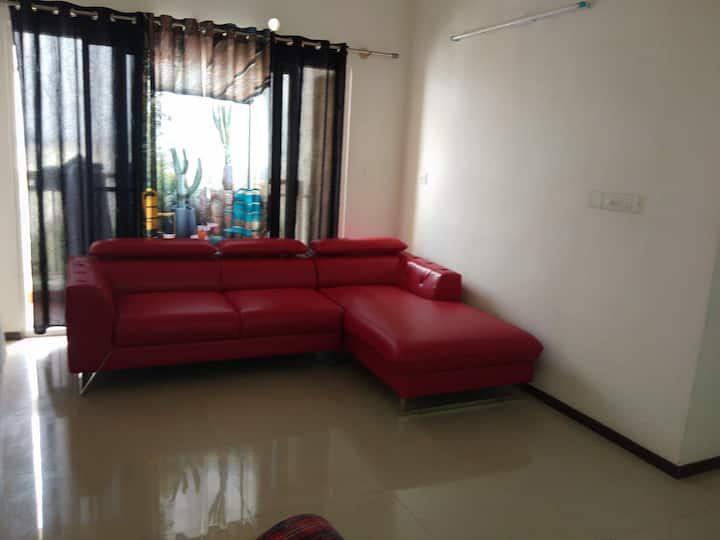 One Room in 2bhk in luxury  Society near Hsr