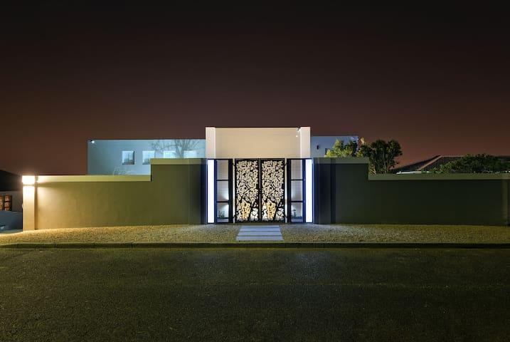 Kianga Luxury Suite
