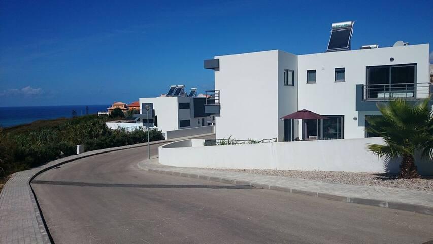 Lisbon Coast Exclusive Villa with Private Pool