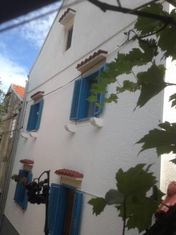 Authentic Adriatic  -  Losinj West