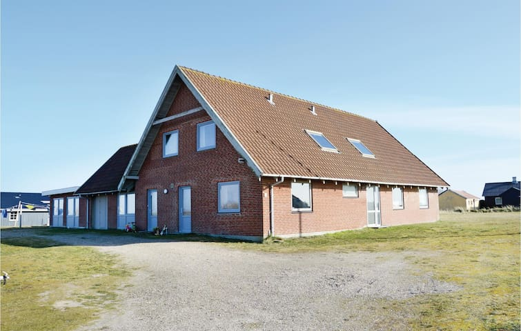 Holiday apartment with 2 bedrooms on 65 m² in Hvide Sande