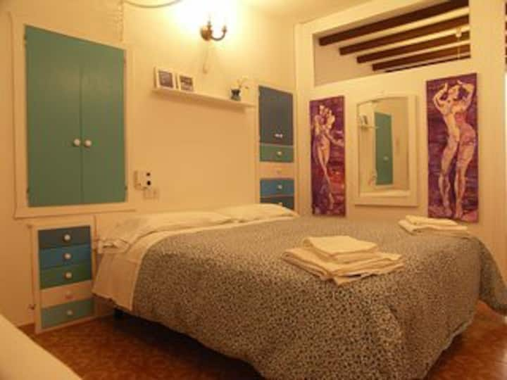 Cozy studio to let in Vernazza 5 terre  italy