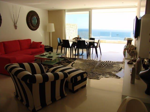 Spectacular apartment with sea view - Roca Llisa - Condominium