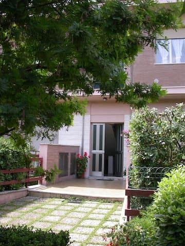 soggiorno rilassante - Civitanova Marche - Bed & Breakfast