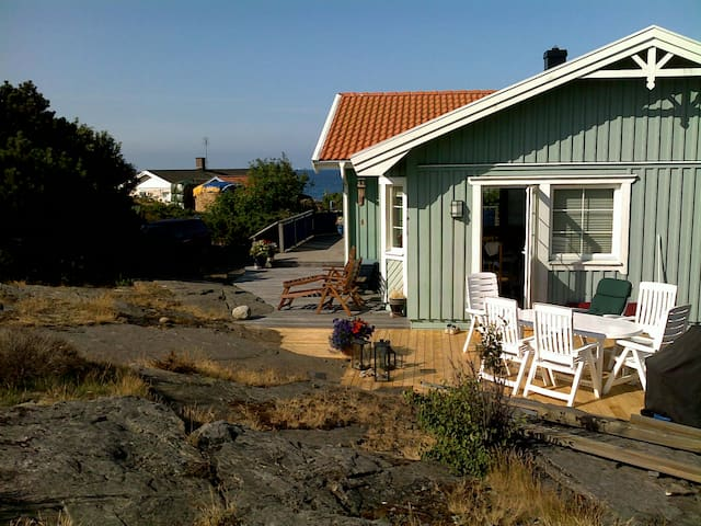 Lovely holiday by the seaside - Åsa - Casa