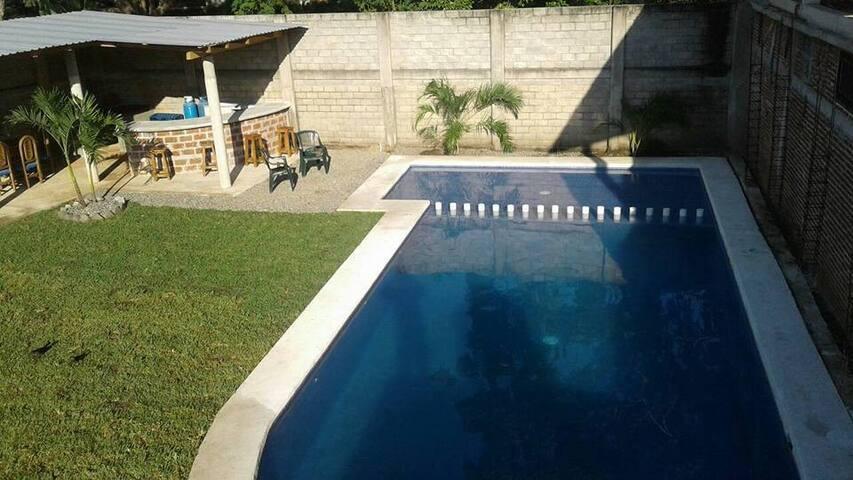 Habitaciones duplex alberca, jardín - El Coacoyul - Overig