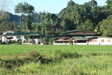 Great Valley Mountain Farmhouse - Laguna - Casa
