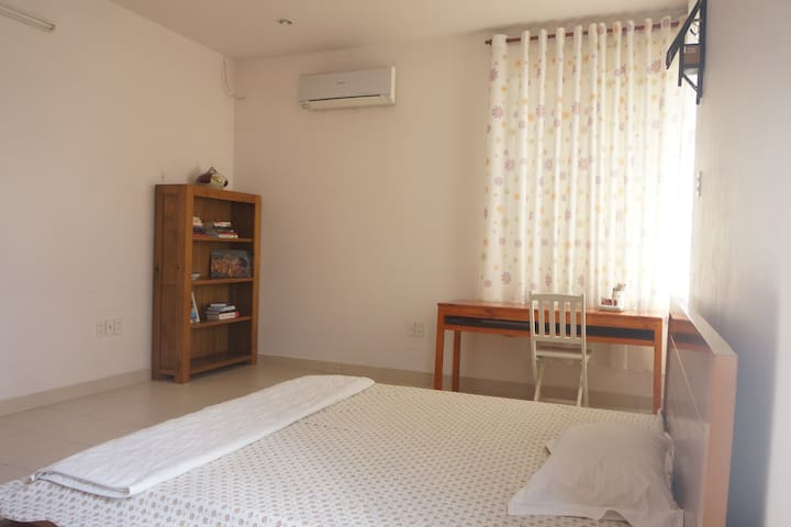 Spacious Homestay in City Centre - Thành phố Mỹ Tho