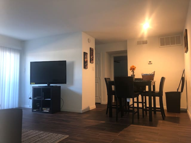Entire Apartment in the Livable Forest Kingwood