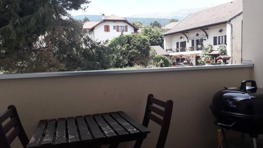 Appartement Gex , avec vue sur le Jura