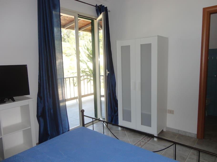 Camera da letto con armadio