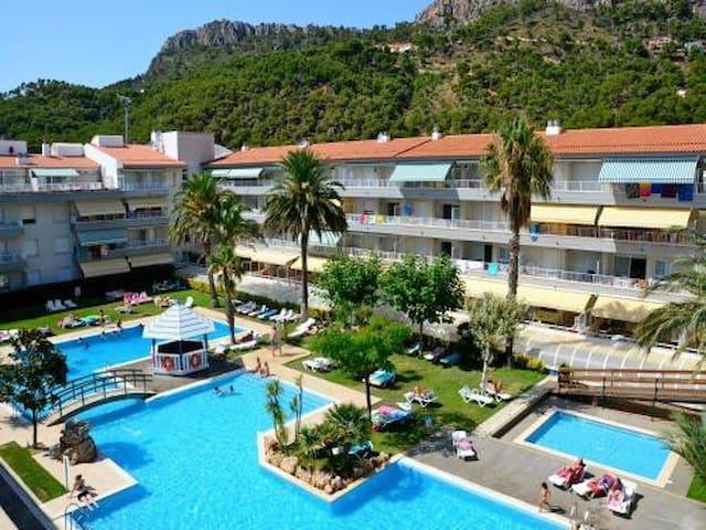 Apartamento 3 Hab en L'Estartit con piscina