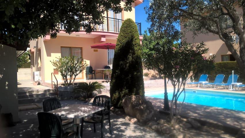 Kapsalia Holiday Villa no 3