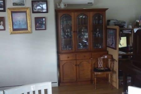 Cottage On Main (Cabin) - Franklin