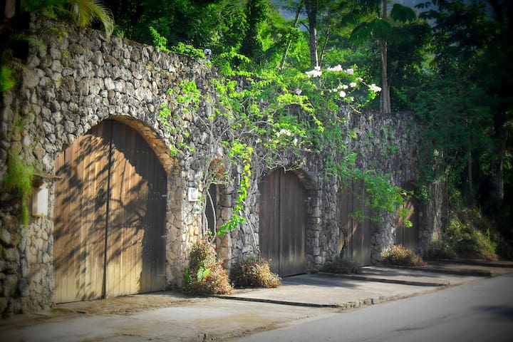 Casa de Pedra - Natureza e tranquilidade