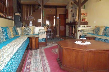 Chambre double privée,au sein d'une famille - ราบัต - อพาร์ทเมนท์