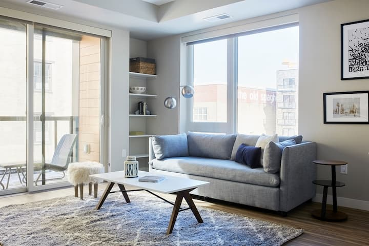 Sonder *Monthly Discounts* 2BR at East End