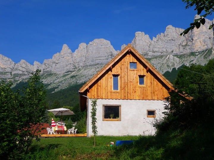 Maison Bioclimatique en montagne Vercors Est