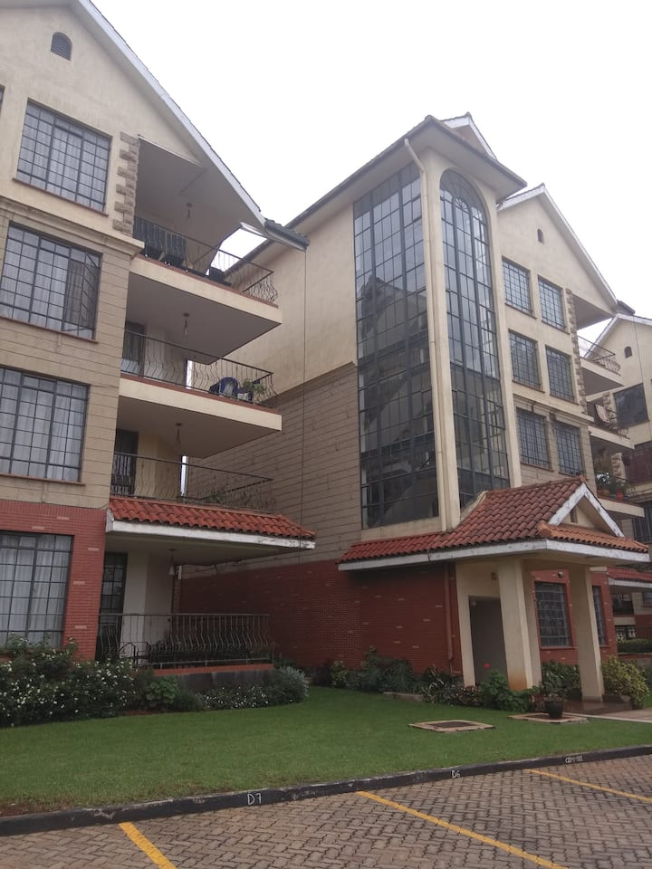 Furnished 3 bdrm apartment plus Dsq -State hse rd