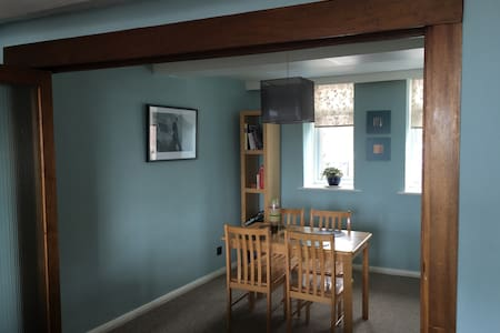 Spacious apartment in the old town - Hastings - Apartment