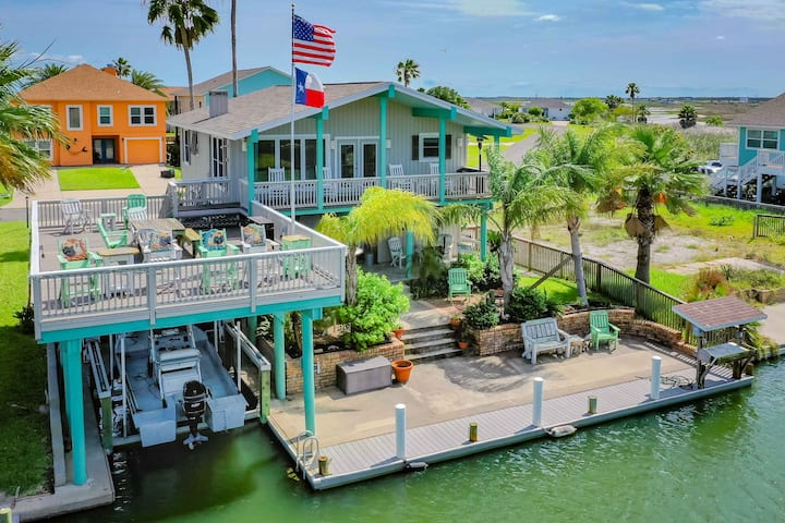 Rockport Home with Waterfront Views