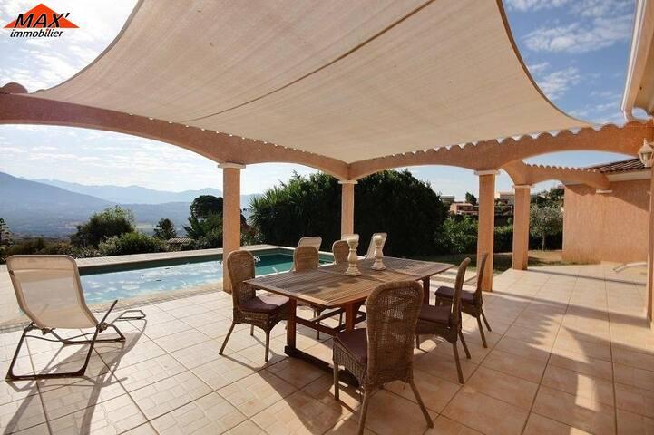 Villa piscine standing  8/12 pers. vue panoramique - Ajaccio
