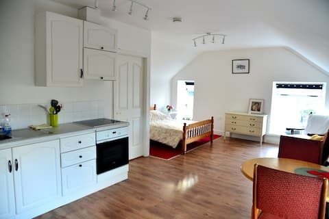 Self Catering Studio-Perfect for Couples