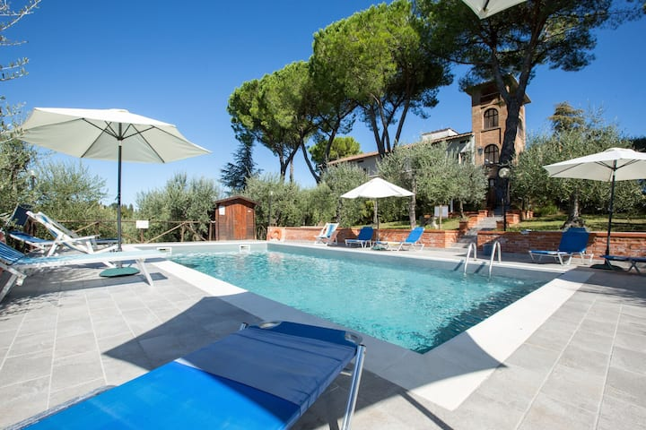Villa Treppiè - Holiday Villa Rental with swimming pool in Chianti, Tuscany
