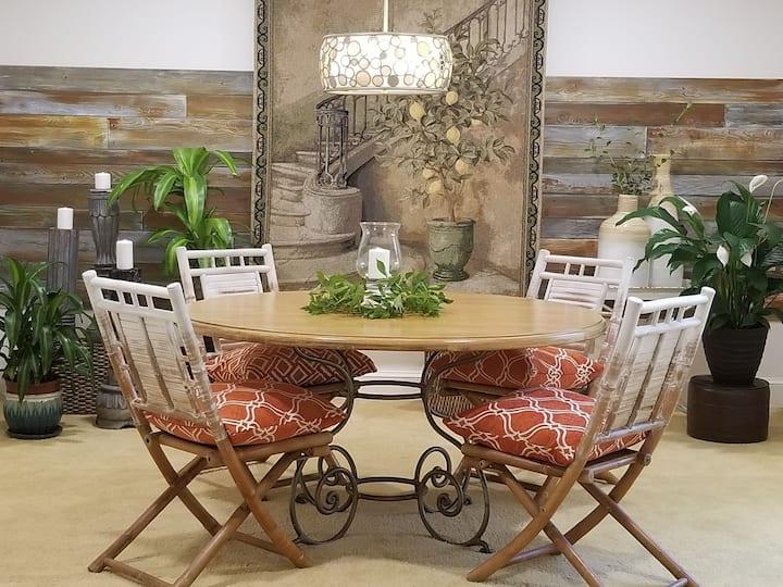 Lumberton Serenity: Housing for Professionals