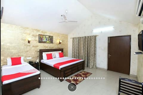 Welcome to Panchsheel Hotel.  Panchsheel Hotel is one of the best getaway destinations which is set up in the celestial landscape of Panchkula.Come In As Guests. Leave As Family.